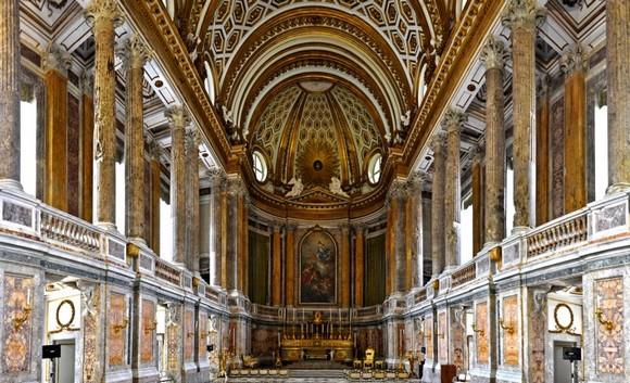 Cappella Palatina Reggia Di Caserta Interni.Reggia Di Caserta Una Meraviglia Piaceridellavita Com