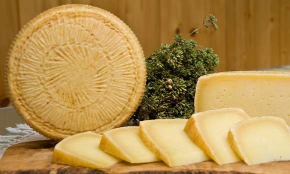 Pecorino di filiano dop580